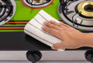 how to clean gas stoves